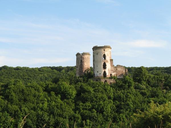 Замок в с.Нагіряни (Нирків)