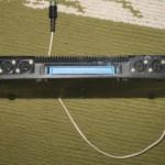 Крайнє ліве гніздо - для магнітофону, два наступні - джойстики, синє широке - принтер, наступні - телевізор і джойстик, біла кнопка - Reset