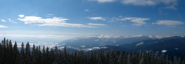 Панорама гір (здається то Свидовець)