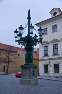 Люстра-ліхтар