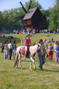 Ксеня на коні