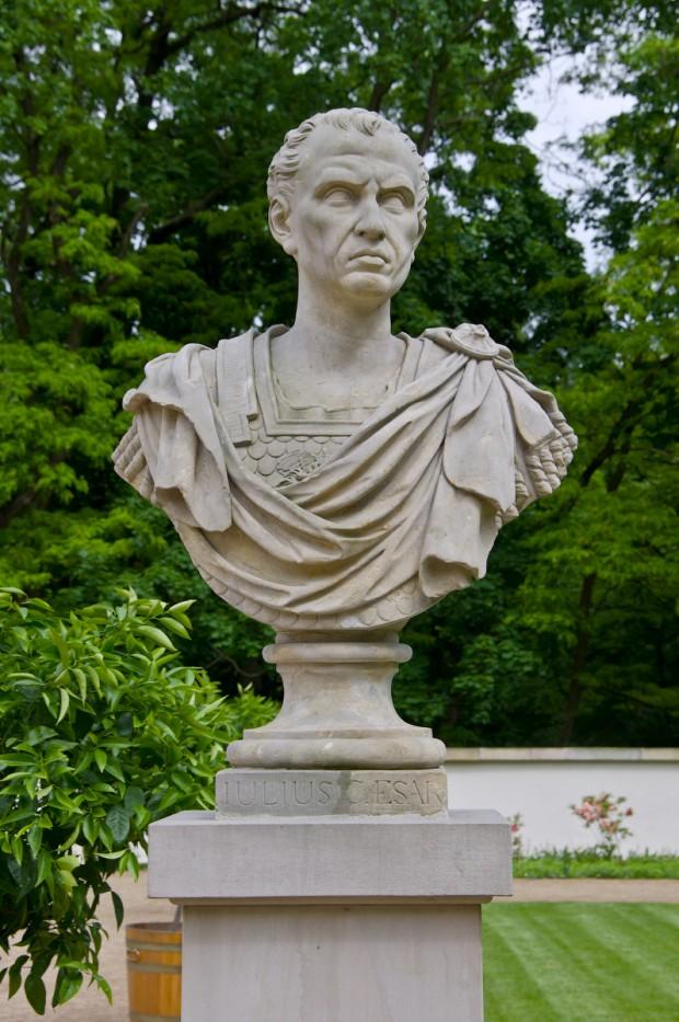 Калігула