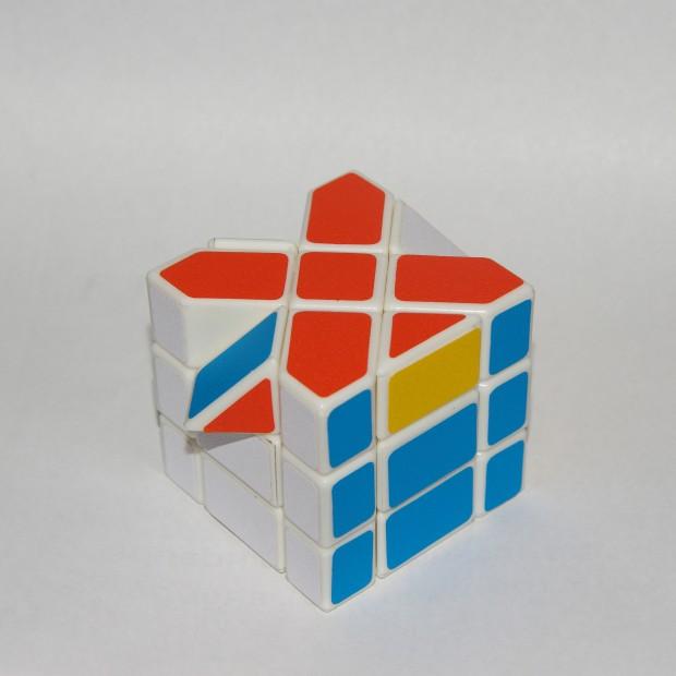 Куб Фішера, реберні елементи верхнього шару на своїх місцях