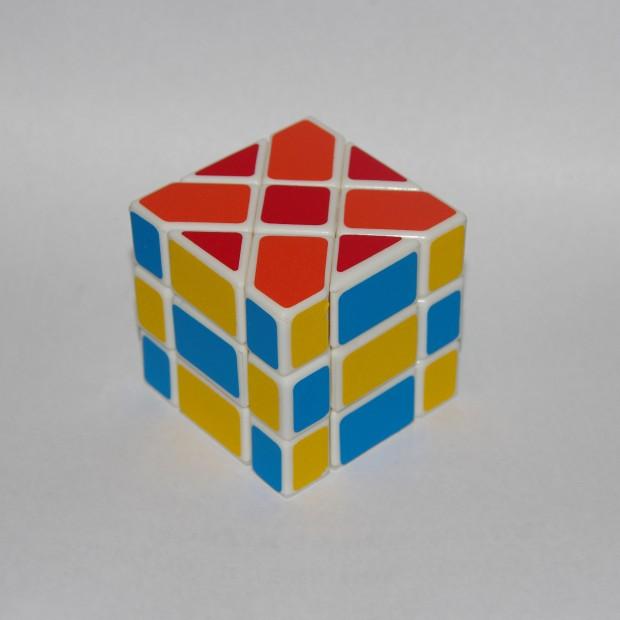 Діагональний куб Фішера