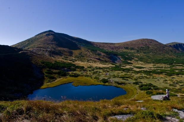 Несамовите озеро